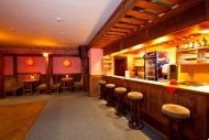 Horský hotel Stráž - interiéry vinárny