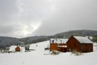 Chalupy stodoly, chalupa Karolina a Vendula v zimě