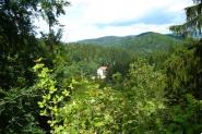 Hrad Nístějka - výhled na obec Hradsko.