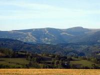 Pohled na Lysou horu od Marynkova kříže.